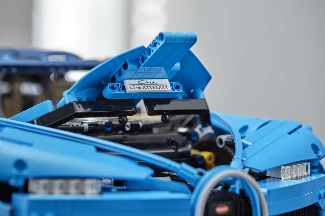 offiziell vorgestellt 42083 lego technic bugatti chiron. Black Bedroom Furniture Sets. Home Design Ideas